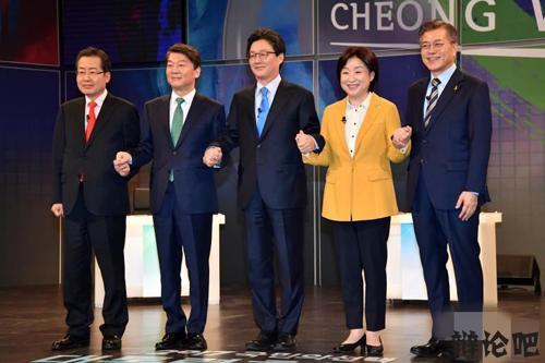 电视辩论.jpg